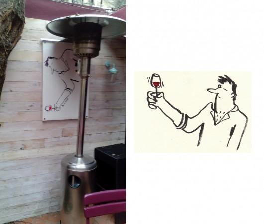 Le vin se mire.